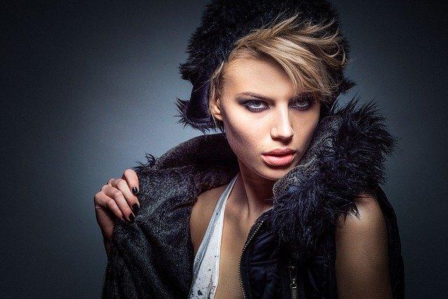 moda w stylu streetwear